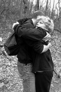hug-bw1b
