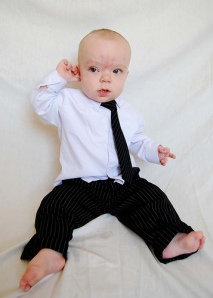 baby-in-suit